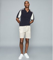 reiss stan - seersucker striped shorts in sand/white, mens, size 38