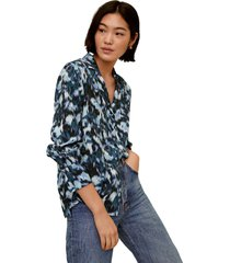 blusa azul-negro mng