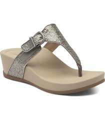aetrex kate water resistant wedge flip flop, size 10us in silver faux leather at nordstrom