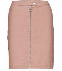 klaudia pu skirt knälång kjol rosa soaked in luxury