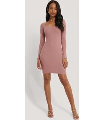 na-kd basic deep round neck ribbed dress - pink