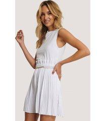na-kd paper waist mini skirt - white