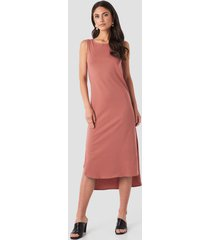 trendyol crew neck slit dress - pink