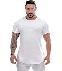 camiseta emboss branca