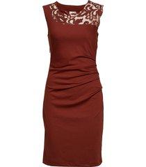 india vivi dress knälång klänning röd kaffe