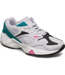 aztrek 96 låga sneakers grå reebok classics