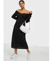 missguided milkmaid midi dress long sleeve långärmade klänningar