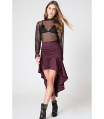 qontrast x na-kd asymmetric frill skirt - purple