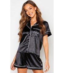 geborduurde satijnen 'sleep' pyjama set met shorts en zakken, black