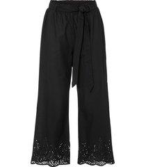 pantaloni culotte con ricamo traforato (nero) - bodyflirt