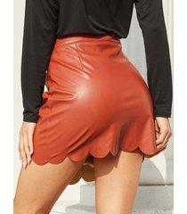 minifalda de cuero sintético con diseño en niveles marrón yoins