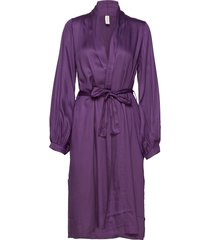 isabel robe morgonrock lila underprotection