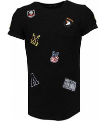 military patches t-shirt