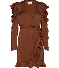 laura wrap dress kort klänning brun designers, remix