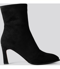 na-kd shoes suede look heeled boots - black