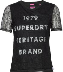 lace graphic tee t-shirts & tops short-sleeved svart superdry