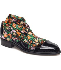 lilou loafers låga skor svart ganni