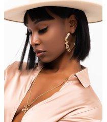 akira clover babe snake hoop earring