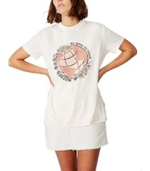 cotton on mother earth t-shirt