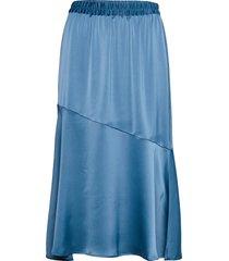 vmonna hw calf skirt vma knälång kjol blå vero moda