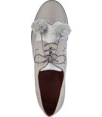 skor med hög sula och fuskpälsbollar klingel grå::silverfärgad