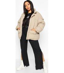 plus gewatteerde jas met zak detail en hoge kraag, steenrood