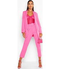 getailleerde broek met ceintuur, warm roze