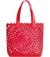 receive a free tote with any $50 purchase from the elizabeth arden fragrance collection