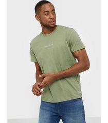 calvin klein jeans instit chest logo reg tee t-shirts & linnen green