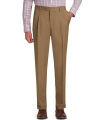 jos. a. bank men's traveler performance traditional fit pleated front pants, walnut, 42x32