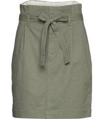 paperbag mini skirt in tencel™ knälång kjol grön gap
