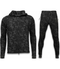 exclusive windrunner camo joggingpak