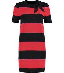 zwart, rood, paars gestreepte dames jurk nikkie - n7-564 1805 3719