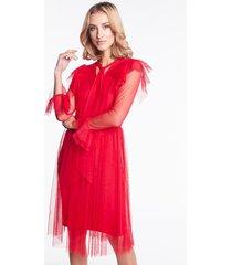 czerwona sukienka tiulowa