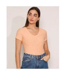 camiseta flamê de algodão básica manga curta decote v laranja claro