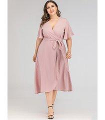 plus tamaño rosa cinturón diseño medias mangas con cuello en v vestido