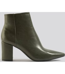na-kd shoes pointy toe ankle boots - green