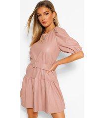 loshangende pu jurk met losvallende zoom en ceintuur, pink