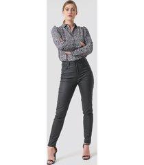 na-kd coated jeans - black