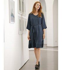 jurk van zijdesatijn in a-linie met bindceintuur, nachtblauw 38