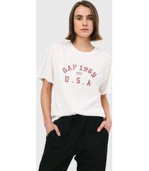 camiseta blanco hueso-rojo gap