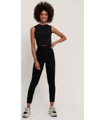 na-kd reborn recycled mjuka ribbade tights med hög midja - black