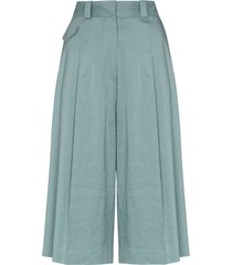 low classic pleated bermuda shorts - blue