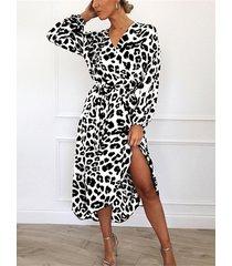 lazo con cuello en v de leopardo blanco diseño abrigo vestido