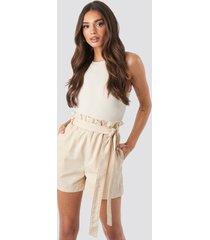 na-kd paper bag cotton shorts - beige