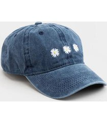 meena daisy embroidered baseball hat - chambray
