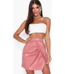 nly one leatherlook slit skirt minikjolar