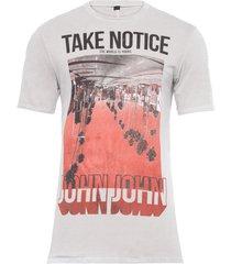 t-shirt masculina take notice - cinza
