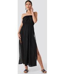 trendyol strapless frilly viscose beach dress - black