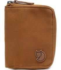 billetera f24216 zip wallet marrón fjall raven